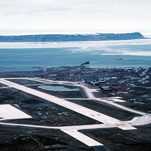 U.S. Air Force base in Thule, Greenland. On January 21, 1968, a B-52 bomber, with four hydrogen bombs on board, crashed 13 km south of the base. Luckily, no nuclear chain reaction occurred, but a large area was radioactively contaminated.